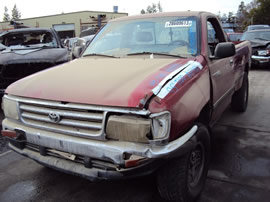 1995 TOYOTA TRUCK T100 REGULAR CAB DLX MODEL 3.4L V6 AT 4X4 COLOR RED Z14591
