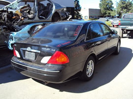 2000 TOYOTA AVALON 4 DOOR SEDAN XLS MODEL 3.0L V6 AT FWD COLOR BLACK Z13515