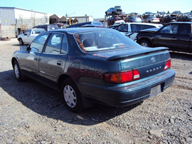 1996 TOYOTA CAMRY, 2.2L ENGINE, AUTOMATIC TRANSMISSION, COLOR GREEN, STK # Z11168