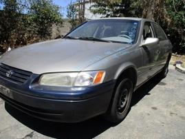 1998 TOYOTA CAMRY LE SILVER 2.2L AT 4 DR Z15967