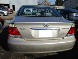 2005 TOYOTA CAMRY LE TAN 2.4L AT Z16551