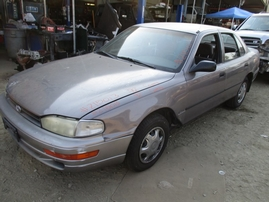 1992 TOYOTA CAMRY DLX METALLIC LAVENDER 2.2L AT Z15013