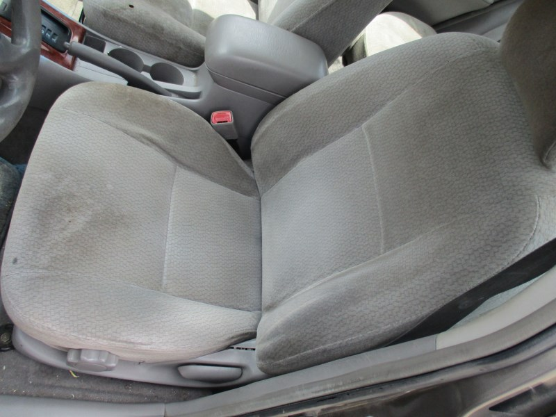 2004 TOYOTA COROLLA LE GRAY 1.8L AT Z16311