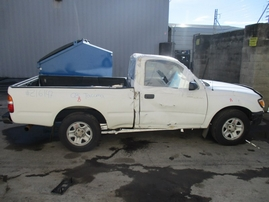 2003 TACOMA DLX WHITE STD CAB 2.4L AT 2WD Z16147