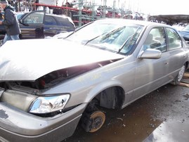 1999 TOYOTA CAMRY LE GRAY 2.2L AT Z19496