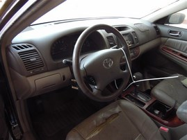 2002 TOYOTA CAMRY XLE BLACK 2.4 AT Z19750