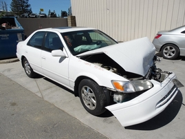 2000 TOYOTA CAMRY LE WHITE 3.0L AT Z17670