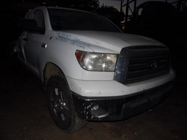 2008 TOYOTA TUNDRA WHITE SR5 EXTENDED CAB 5.7L AT 4WD Z18000