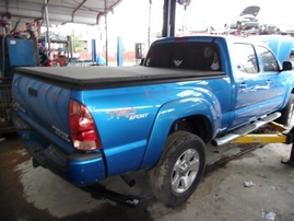 2005 TOYOTA TACOMA BLUE DOUBLE CAB SR5 PRERUNNER 4.0L AT 2WD Z17674