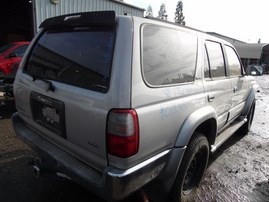 1998 TOYOTA 4RUNNER LIMITED SILVER 3.4L AT 4WD Z18043