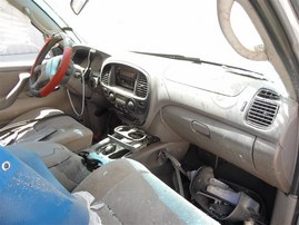 2002 TOYOTA SEQUOIA SR5 SILVER 4.7 AT 4WD Z20026