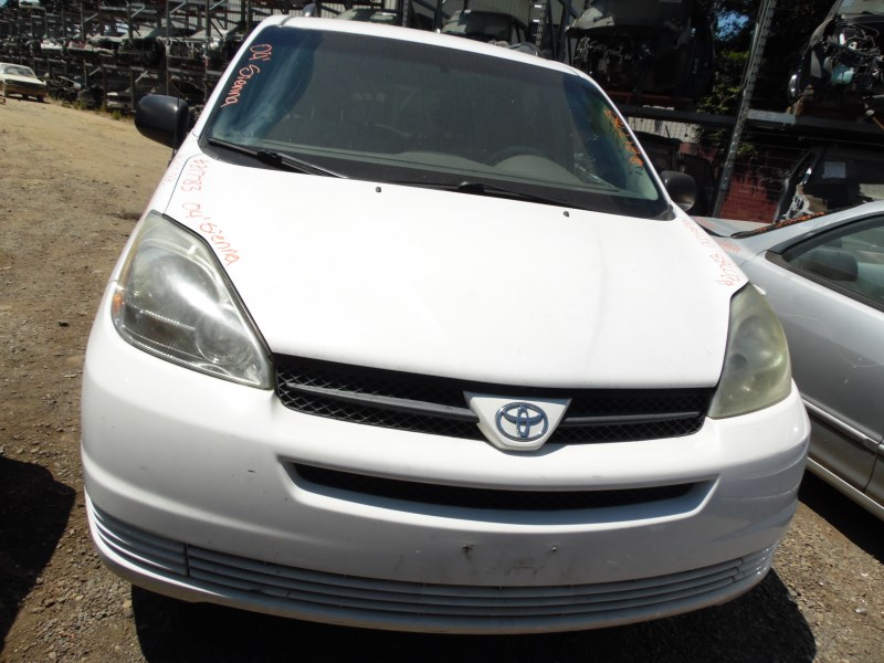 2004 TOYOTA SIENNA LE WHITE 3.3L AT Z17783