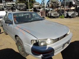 1993 TOYOTA CAMRY DX SILVER 2.2L AT Z17792