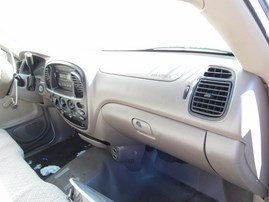 2005 TOYOTA TUNDRA WHITE STD CAB 4.0L AT 2WD Z17810