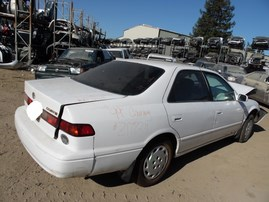 1999 TOYOTA CAMRY LE WHITE 2.2L AT Z17824