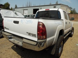 2008 TOYOTA TACOMA PRERUNNER WHITE SR5 DOUBLE CAB 4.0L AT 2WD Z17835
