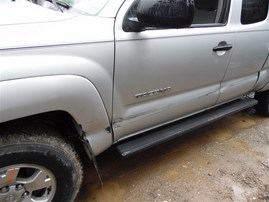 2005 TOYOTA TACOMA EXTRA CAB SR5 SILVER 4.0 MT 4WD Z19884