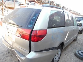 2004 TOYOTA SIENNA LE SILVER 3.3L AT Z17841