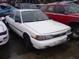 1989 TOYOTA CAMRY 4 DOOR SEDAN 2.0L AT FWD COLOR WHITE