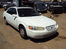 1998 TOYOTA CAMRY 4 DOOR SEDAN LE MODEL 2.2L AT FWD COLOR WHITE Z14695