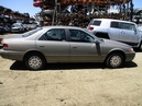 1998 TOYOTA CAMRY LE METALLIC GRAY 2.2L AT 4DR Z15968